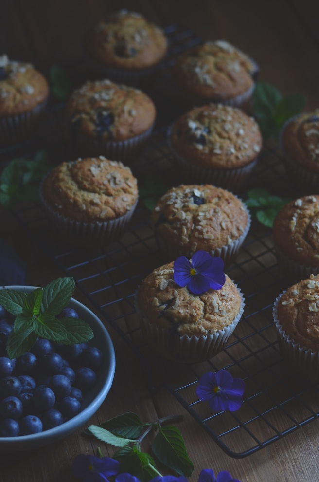 breakfast blueberry oatmeal muffins | conifères & feuillus