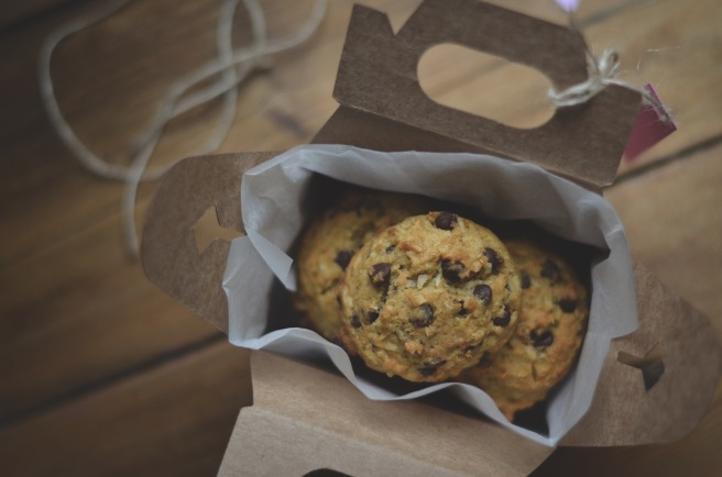 whole wheat and quinoa chocolate chip cookies   conifères & feuillus