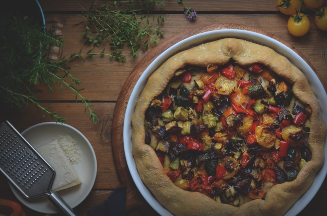 roasted ratatouille vegetable pie; conifères et feuillus