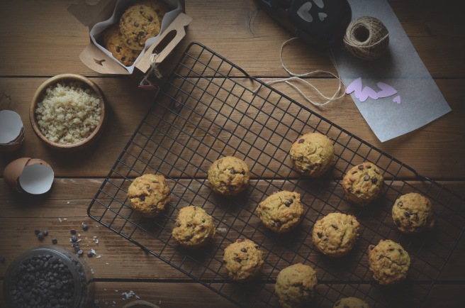 whole wheat and quinoa chocolate chip cookies | conifères & feuillus