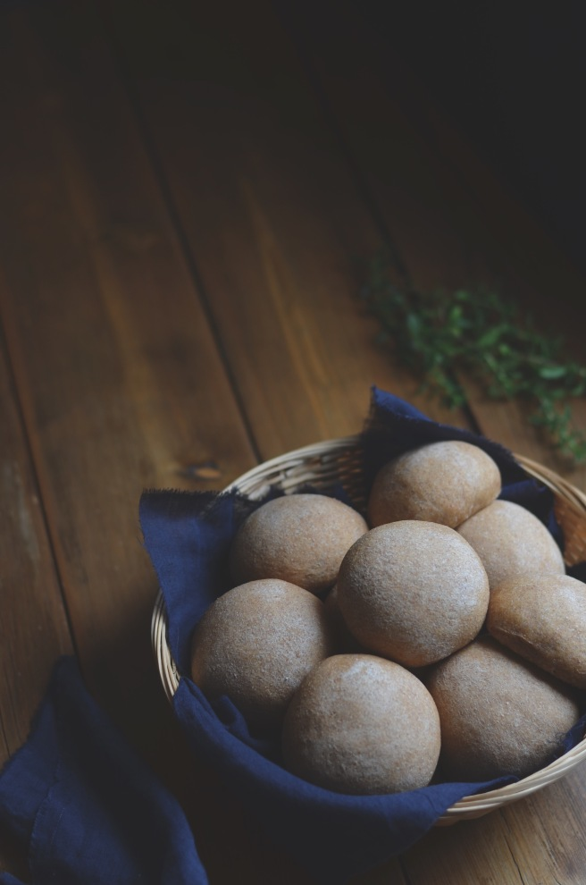 easy whole wheat bread rolls | conifères et feuillus