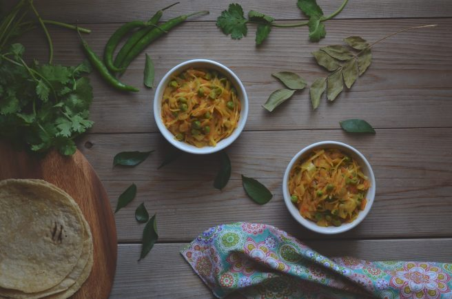 indian spiced cabbage curry | conifères et feuillus