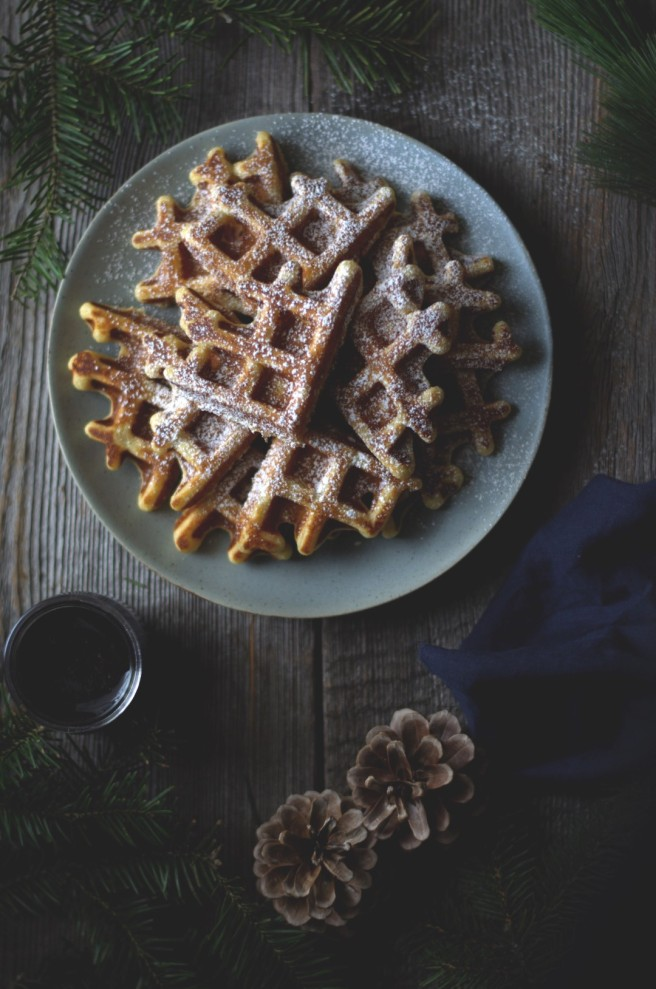 lemon ricotta waffles and wild blueberry sauce | conifères & feuillus