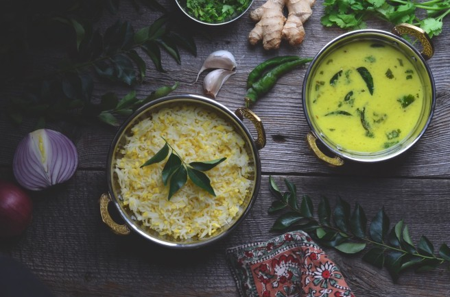 gujarati comfort food, khichdi & kadhi | conifères & feuillus