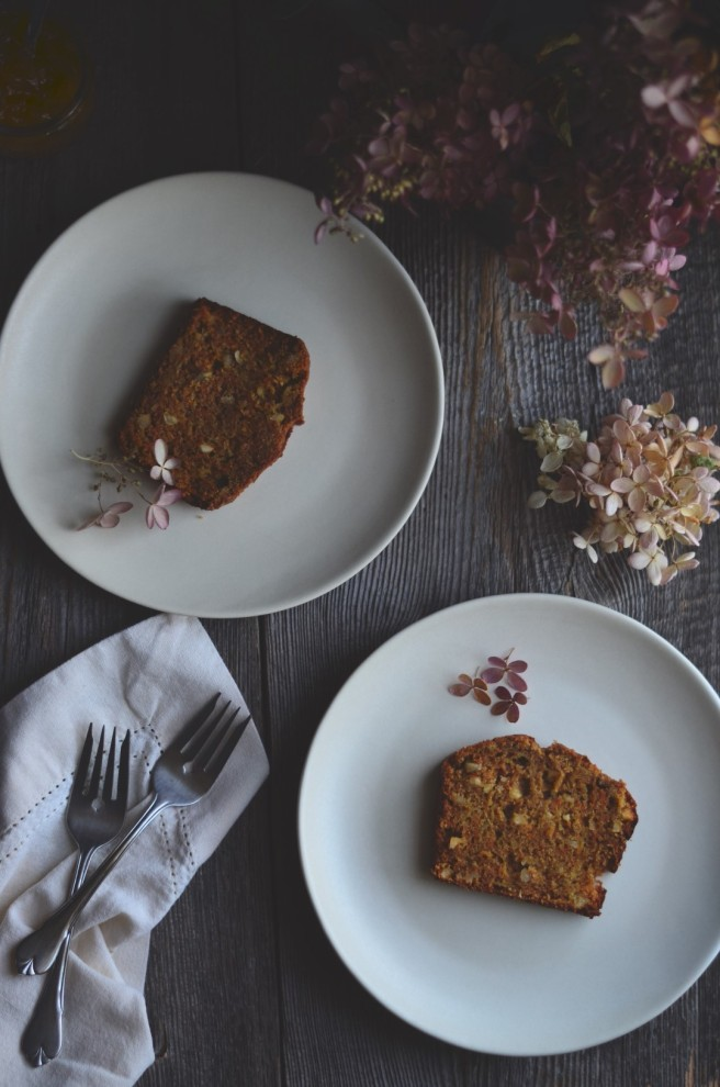 Spiced Carrot and Apple Cake | conifères & feuillus