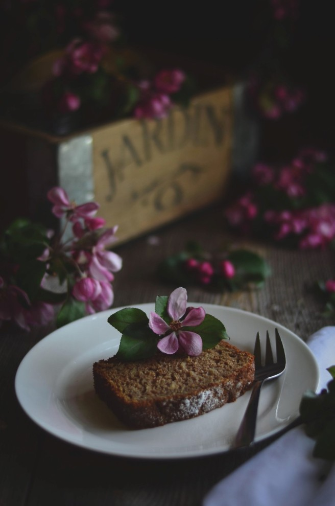 Apple & Parsnip Cake | conifères & feuillus