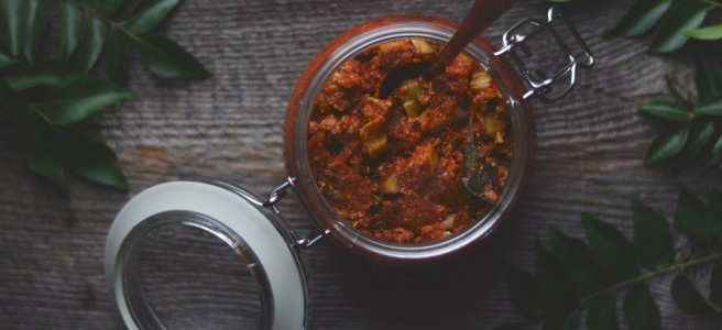 Gujarati mango pickles | conifères & feuillus