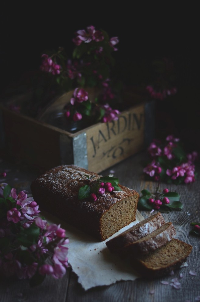 Apple and Parsnip Cake | conifères & feuillus