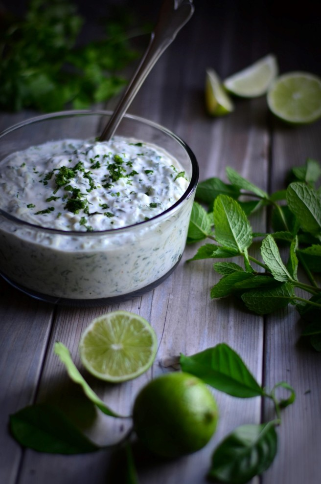 Traditional Indian Cucumber Raita | conifères & feuillus