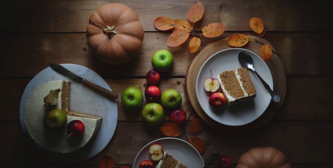 spiced pumpkin and apple cake | conifères & feuillus
