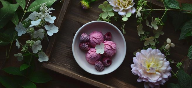 Raspberry Limoncello Ice Cream | conifères & feuillus