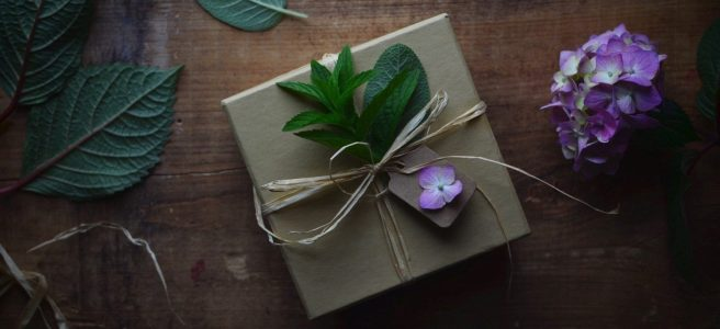 summertime gift wrapping inspiration | conifères & feuillus